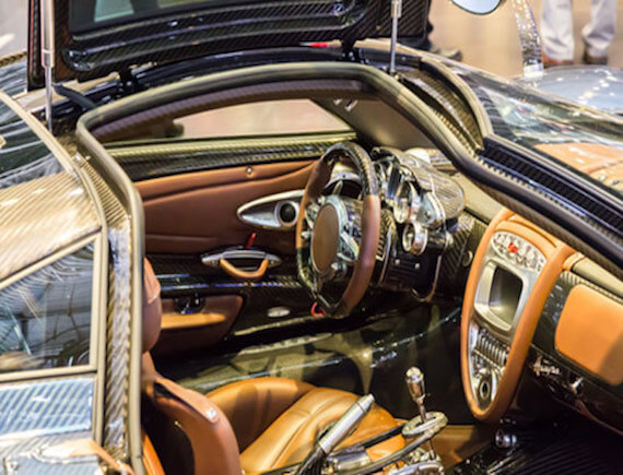 Pure luxury is combined with pure passion: With a Pagani Huayra to a High Class Escort date