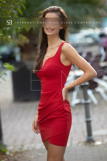 thin escort model (4)