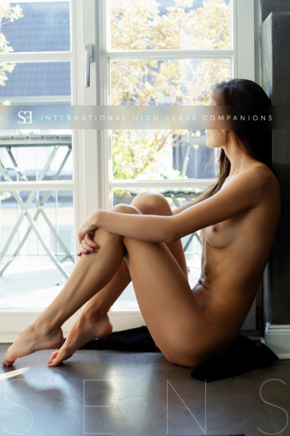 young escort model germany (11)