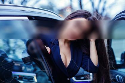 elite-escort-model